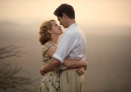 breathe-2017-001-claire-foy-andrew-garfield-1